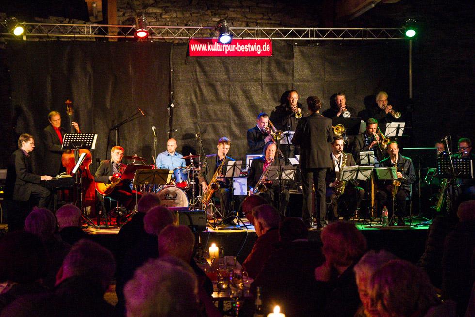 Das Tobias-Schütte-Jazz-Orchster in voller Breite. Foto: Kultur Pur/Ulrich Bock