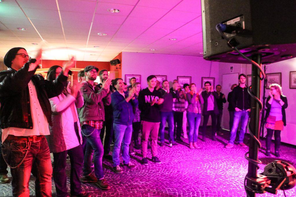 Dem Publikum gefällt die Show. Foto: Kultur Pur/Ulrich Bock