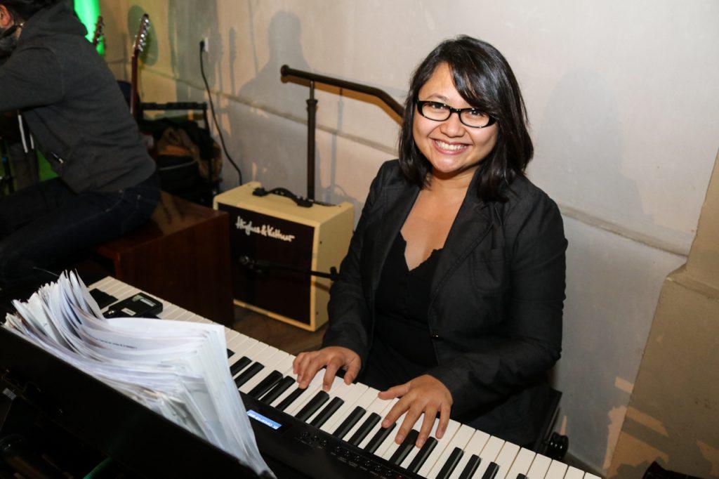 Agnes wirbelt am Klavier. Foto: Kultur Pur/Ulrich Bock