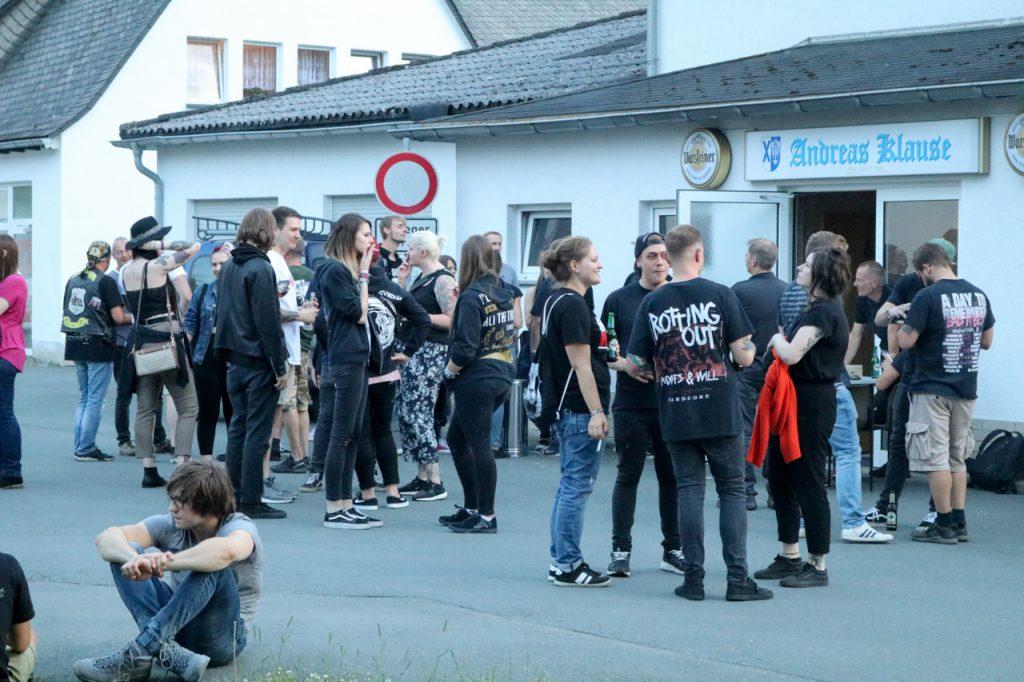 """""""Hier gibt`s eine Hardcore-Show?"""" - einige Besucher staunten ungläubig. Foto: Kultur Pur/Ulrich Bock"""