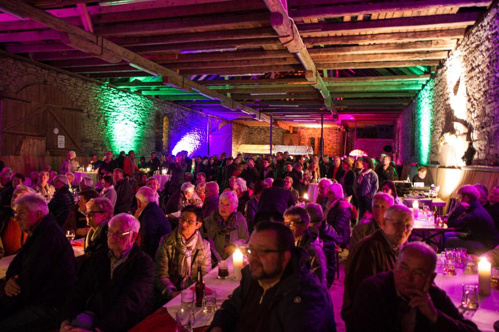 Die alte Scheune wurde an diesem Abend zum Jazz-Club. Foto: Kultur Pur/Ulrich Bock