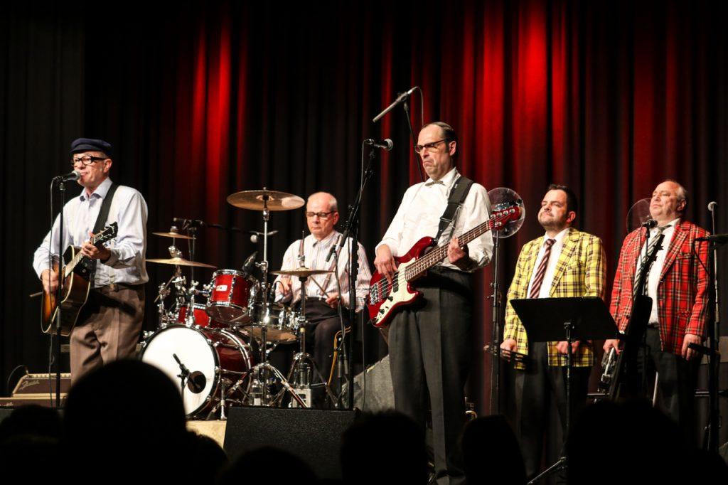 Knebel und Co covern ACDC, Boby Dylan und Billy Joel. Foto: Kultur Pur/Ulrich Bock
