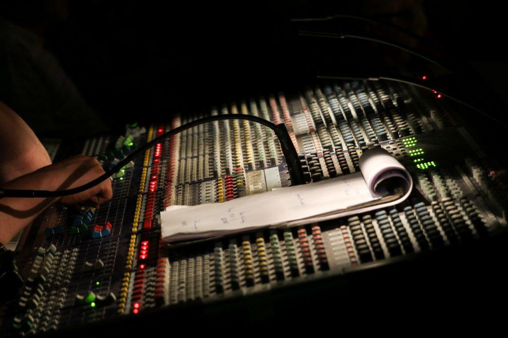 Viel Technik wurde am Freitagabend für den optimalen Sound aufgefahren. Foto: Kultur Pur/Ulrich Bock