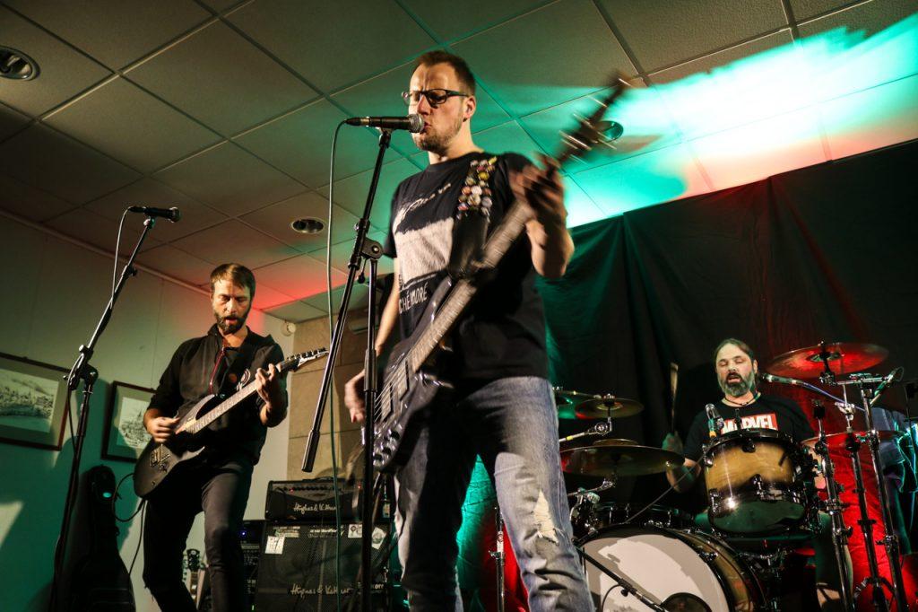Die Gruppe Custom Gauge aus Schmallenberg präsentiert Punk made in Sauerland. Foto: Kultur Pur/Ulrich Bock