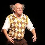 Auf der Bühne kann Jospeh jede Rolle einnehmen. Auch die des stärksten Mannes der Welt. Foto: Kultur Pur/Ulrich Bock