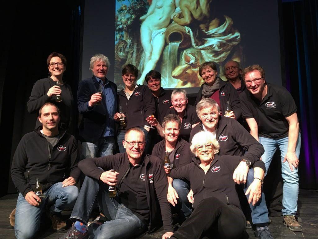 """Auch """"after Show"""" hatte das Team von Kultur Pur noch viel Spaß mit Jürgen Becker Foto: Kultur Pur/Jakob Gockel"""