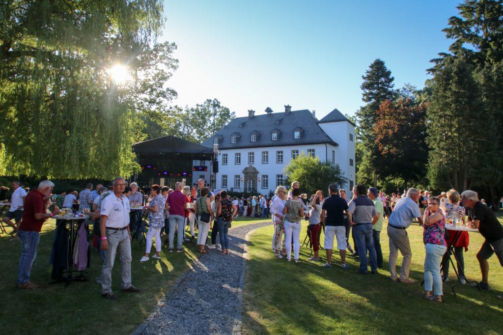 Die richtige Kulisse für den Sommernachtstraum: das Haus Ostwig. Foto: Kultur Pur/Ulrich Bock
