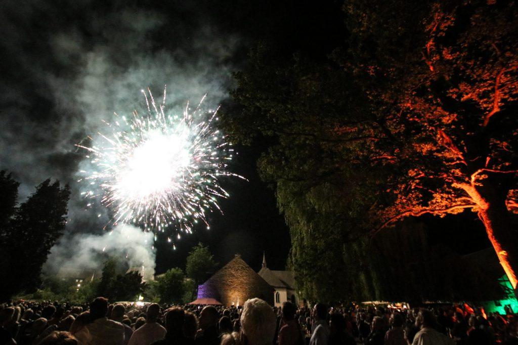 Das vierminütige Feuerwerk krönte den Abend. Foto: Kultur Pur/Ulrich Bock