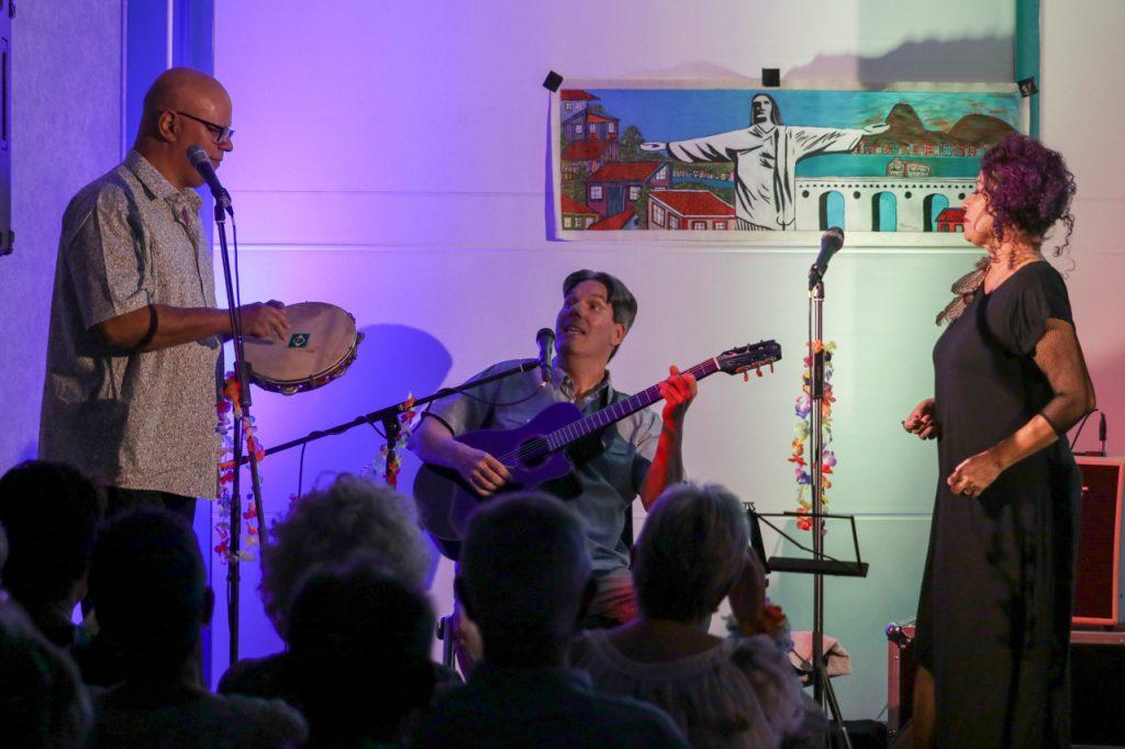 Gutes Zusammenspiel: Carlos, Eduardo und Andreia. Foto: Kultur Pur/Ulrich Bock