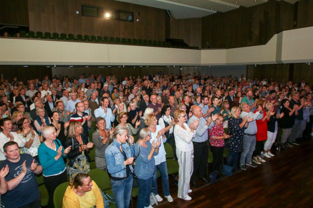 Stehende Ovationen zum Abschluss eines wunderbaren Konzertes. Foto: Kultur Pur/Ulrich Bock