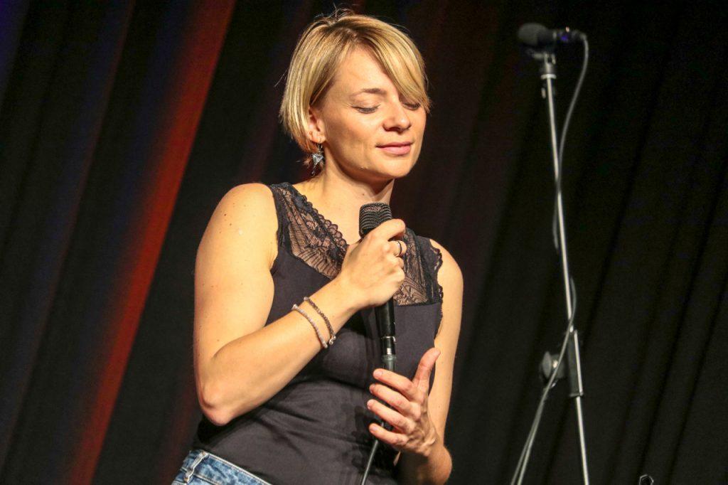 Songpoesie - selbst für die Sängerin zum Träumen schön. Foto: Kultur Pur/Ulrich Bock