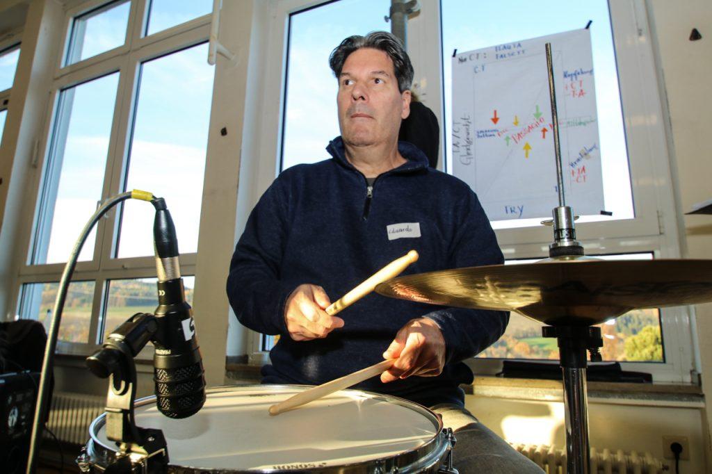 Eduardo bestimmt den Rhythmus. Foto: Kultur Pur/Ulrich Bock