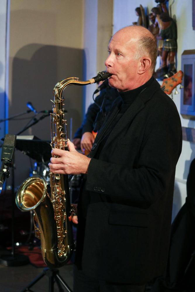 Das Saxophon im Hintergrund. Foto: Kultur Pur/Ulrich Bock