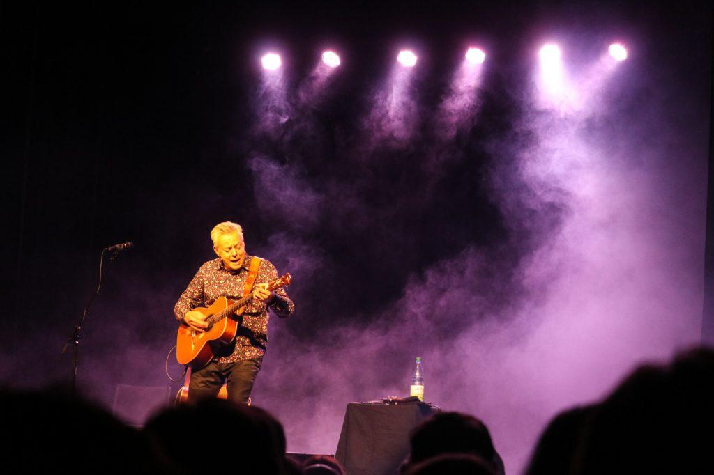 Tommy Emmanuel begeistert als Musiker und Entertainer. Foto: Kultur Pur/Ulrich Bock