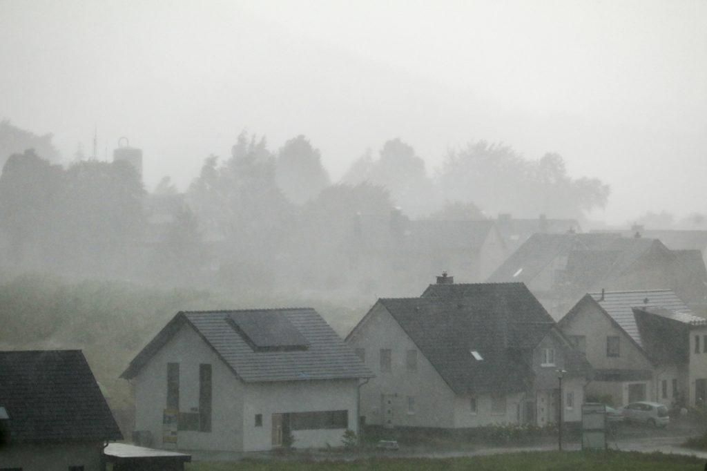 Doch der Regen setzt sich fest. Foto: Kultur Pur/Ulrich Bock